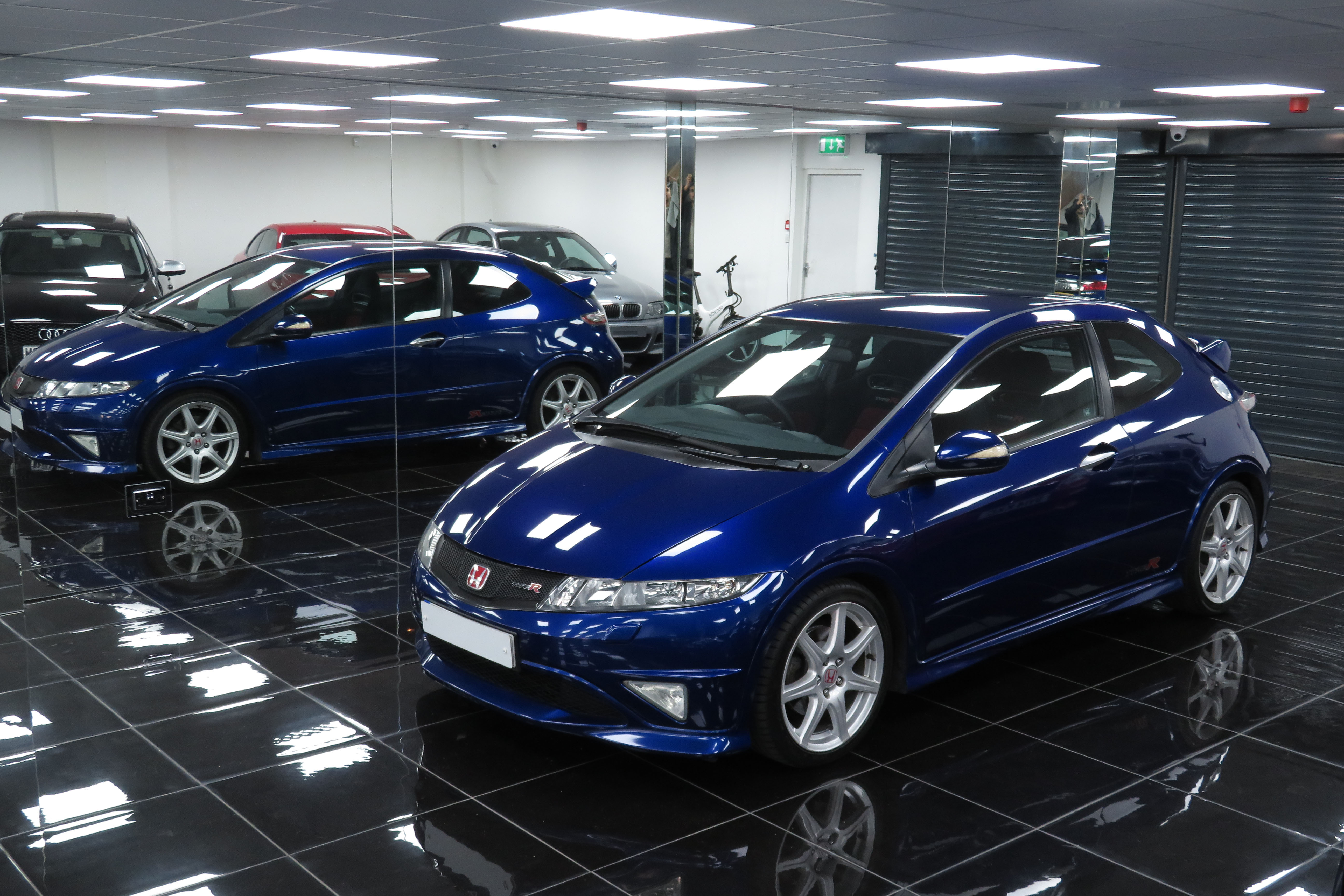 sold 2010 10 honda civic type r fn2 3dr deep sapphire. Black Bedroom Furniture Sets. Home Design Ideas